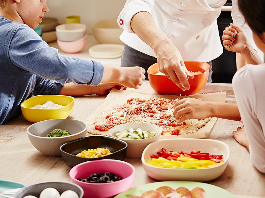 Pizza bakken chr kinderdagverblijf en bso de boerderij for Pizza bakken op tafel